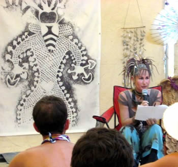 Alicia Danforth leading a Palenque Norte Playalogue at the 2007 Burning Man Festival